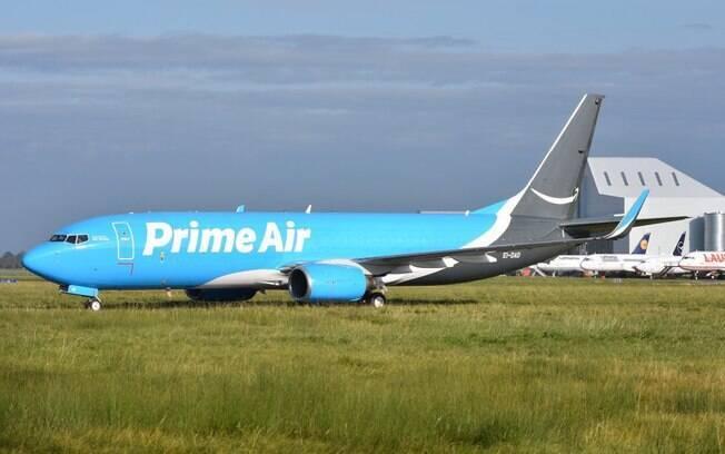 ASL Airlines converte Boeing 737 para voos cargueiros
