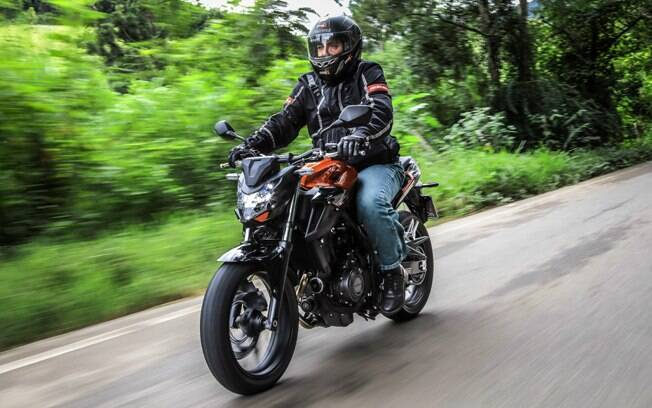 A beleza é um dos atributos das motocicletas da família CB 500