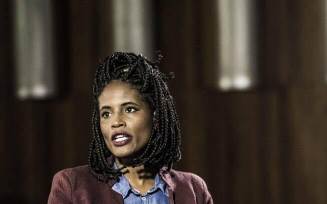 Djamila é filósofa e fala sobre feminismo negro em seus dois livros; ela é tida como exemplo por várias mulheres negras