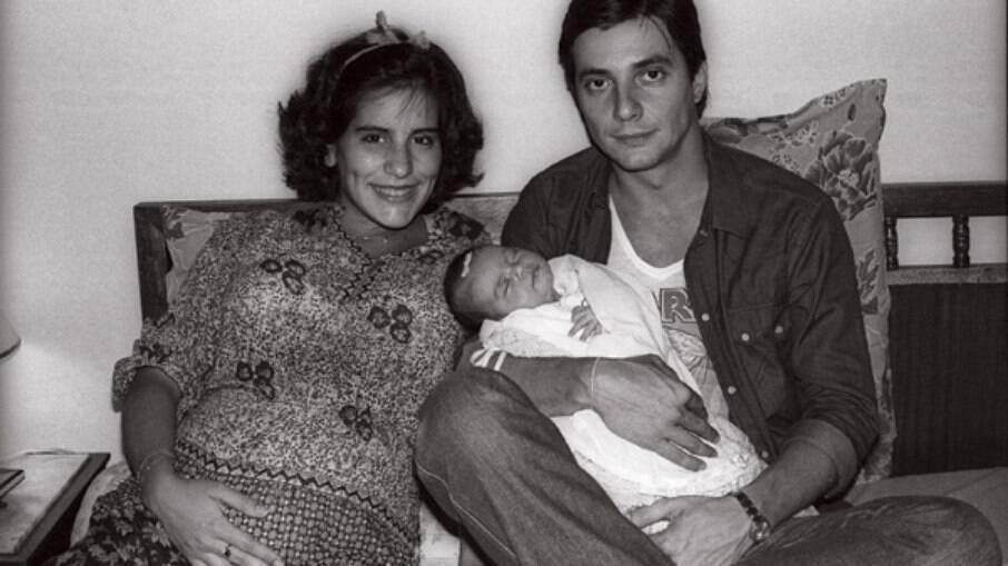 Cleo Pires, na foto com os pais, quando ainda estavam casados