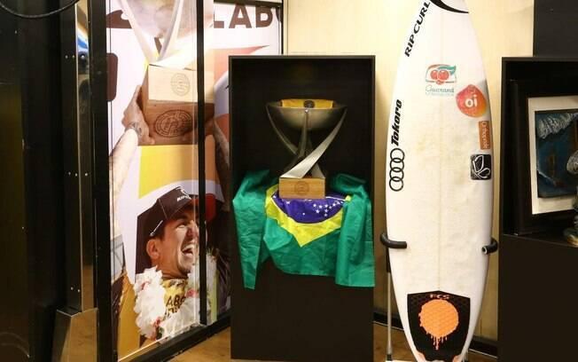 Imagens das campanhas de Gabriel Medina também estarão na exposição