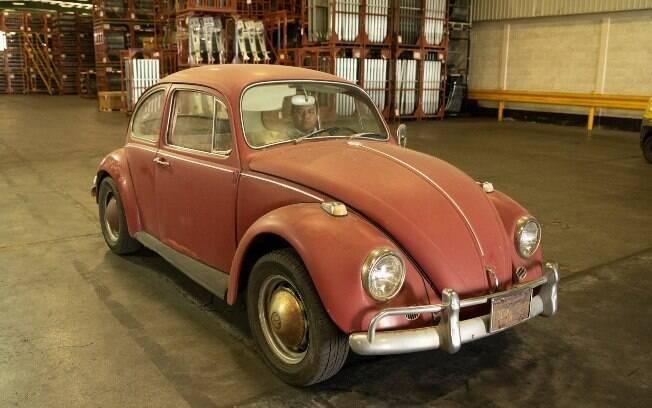 VW Fusca é um exemplar único, com dona apaixonada pelo carrinho, que o vê como parte dela mesma