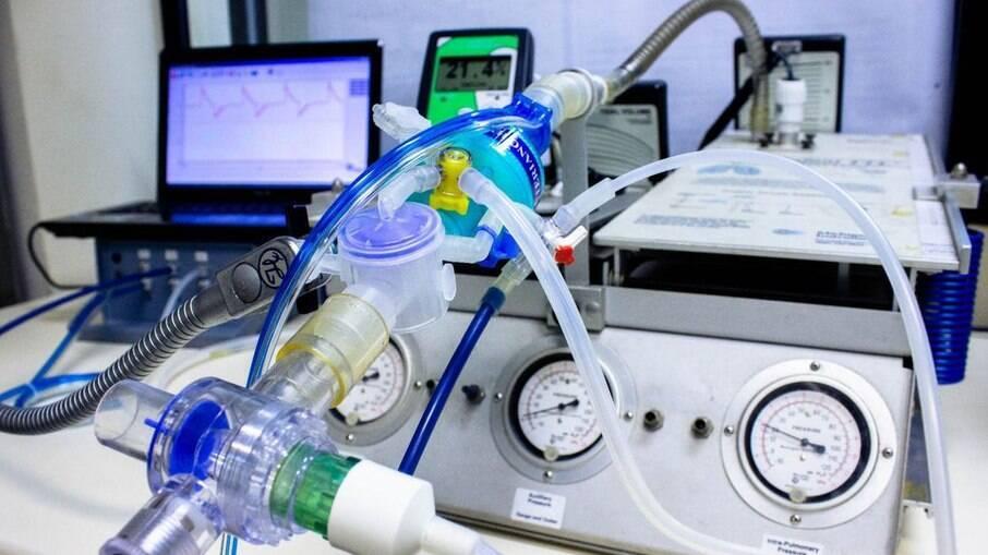 Saúde não investigou contrato bilionário de respiradores que não foram entregues