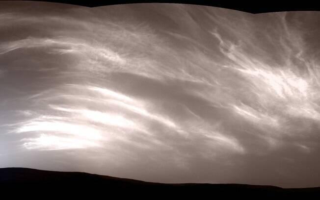 Imagem foi flagrada no céu de Marte pelo robô Curiosity
