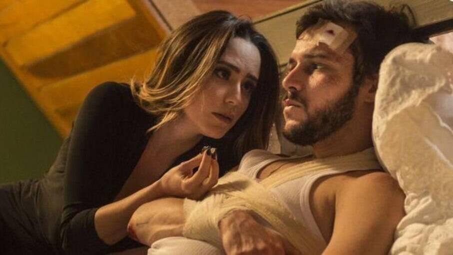 Bruna sequestra Giovanni e o deixa amarrado a uma cama