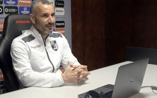 Ivo Vieira%2C técnico do Vitória de Guimarães