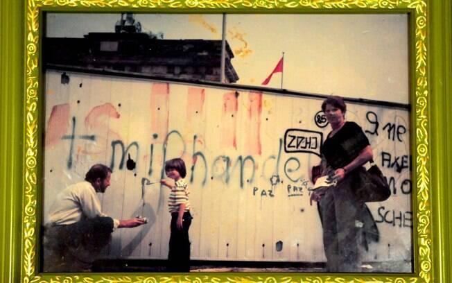 Muro de Berlim: porta-retrato de família