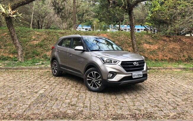 Hyundai Creta Prestige ganha LEDs diurnos, nova lanterna traseira e carregador de smartphone sem cabo