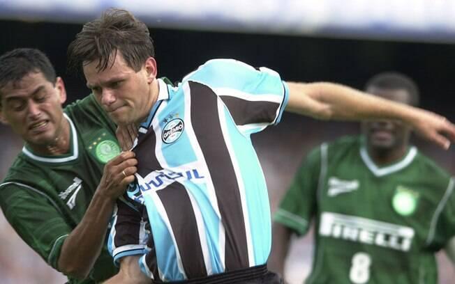 Em 2002, Rodrigo Fabri fez 19 gols pelo Grêmio e dividiu a artilharia com Luis Fabiano, do São Paulo