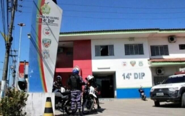 Delegacia em Manaus em que feto foi encontrado dentro de vaso sanitário no banheiro masculino