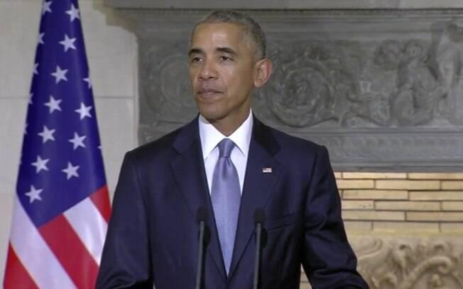 Barack Obama chega à Grécia para última viagem oficial como presidente dos EUA e dá coletiva