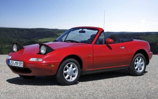 Um dos carros bons dos anos 90. Tão carismático, tão divertido... mas também tão amaldiçoado com câmbio automático...