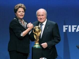 Dilma e Blatter estão confiantes quanto ao sucesso da Copa do Mundo no Brasil