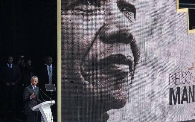 Os 100 anos de Nelson Mandela: líder sul-africano é homenageado por Barack Obama em evento em Joanesburgo