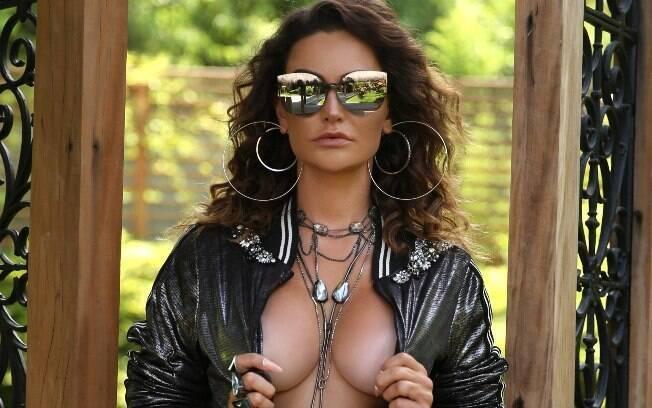 Laura Keller em ensaio sensual para a Diamond Brazil
