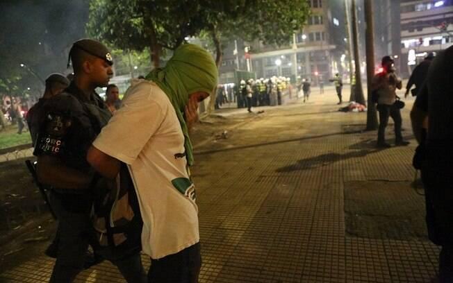 Manifestantes foram detidos já no fim do protesto