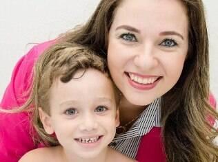 Eliane chegou a ficar quase uma semana sem encontrar o filho Davi acordado em casa