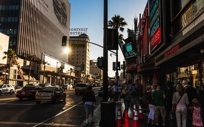 O centro de Los Angeles, mais especificamente o complexo Hollywood & Highlands, é bastante movimentado e chega a ser caótico