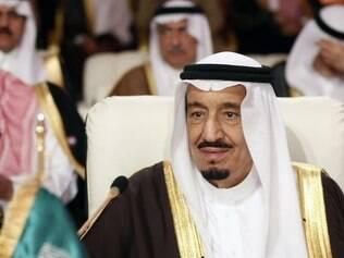 Novo rei saudita promete seguir passos de Abdullah