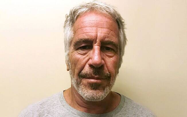 Jeffrey Epstein foi preso em 2019 e cometeu suicídio em sua cela