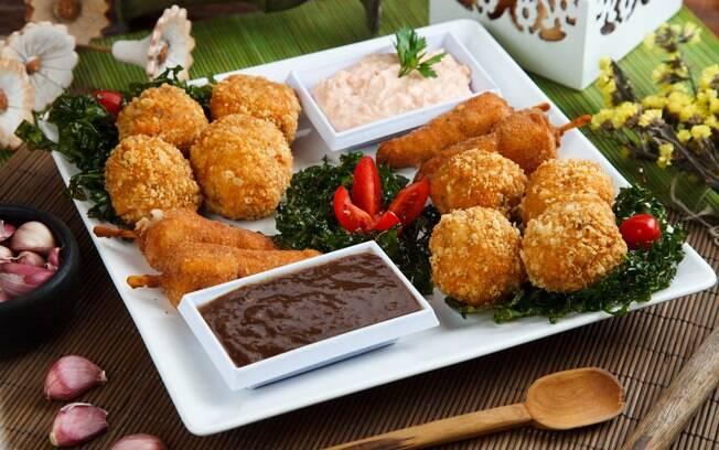 Foto da receita Bolinhos de carne e toucinho pronta.