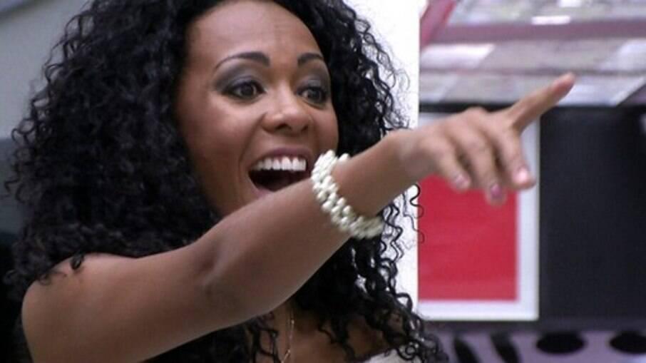 Aline Mattos grita com Pedro Bial