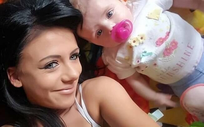 Jade Kyle conseguiu enfrentar a anorexia, passar pela gravidez sem grandes complicações e ter uma filha saudável