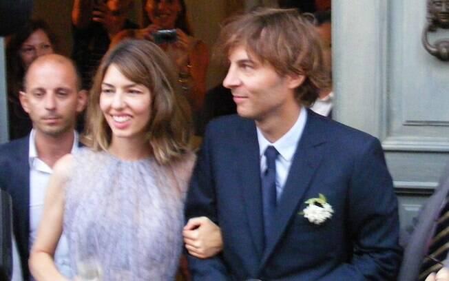 Sofia Coppola e Thomas Mars se casaram na tarde de sábado (27) na Itália