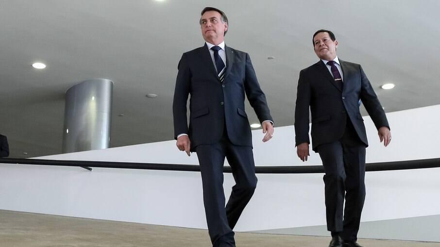 Presidente Jair Bolsonaro e o vice, Hamilton Mourão