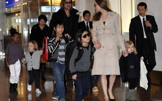 Angelina com toda a sua família