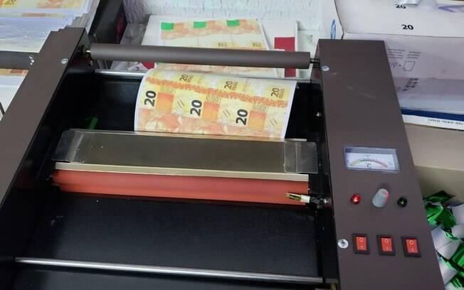Foram mais de R$ 2 milhões em dinheiro falso retirado do mercado brasileiro