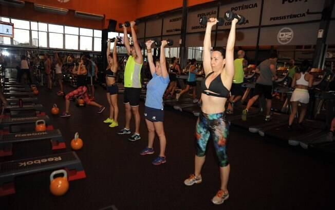 Para alcançar o efeito Epoc, alunos são estimulados a realizar diferentes tipos de exercícios em um mesmo treino