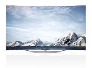 Modelo curvo OLED e resolução Full HD está em promoção: por R$ 9.999 consumidor compra uma TV OLED de 55 polegadas e leva uma LCD 4K de 42 polegadas de graça