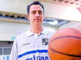 Comando. Ex-jogador do Minas Tênis, Ferracciú vai assumir o time para a temporada 2014/2015