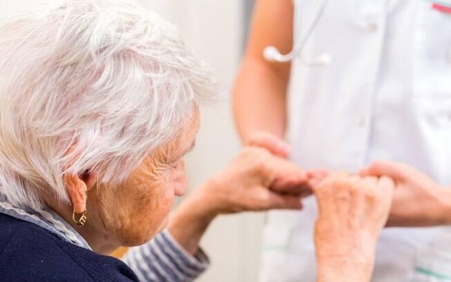 Nas fases iniciais do alzheimer os sintomas podem ser muito sutis, segundo os especialistas