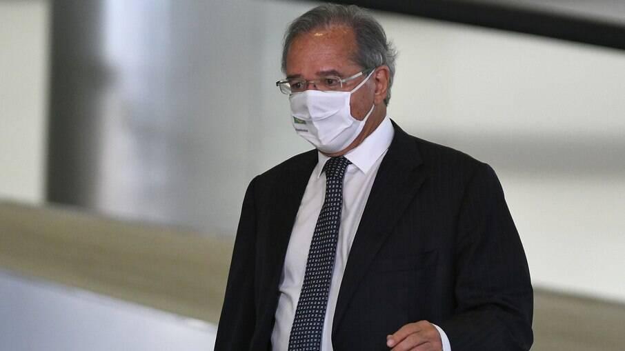 Paulo Guedes, ministro da Economia, confirmou em anúncio a antecipação do 13º salário do INSS