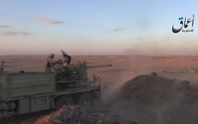 Estado Islâmico ocupa metade do território sírio