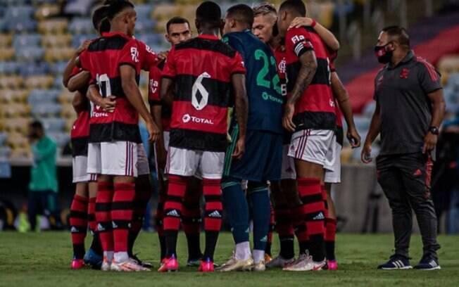 Aos 48, pintura de Max dá vitória ao Flamengo sobre o Nova Iguaçu na estreia do Carioca