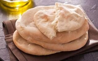 Pão achatado com azeite (Pitta Bread)