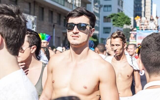 A turma da pouca roupa também marcou presença na 18ª Parada do Orgulho Gay de São Paulo