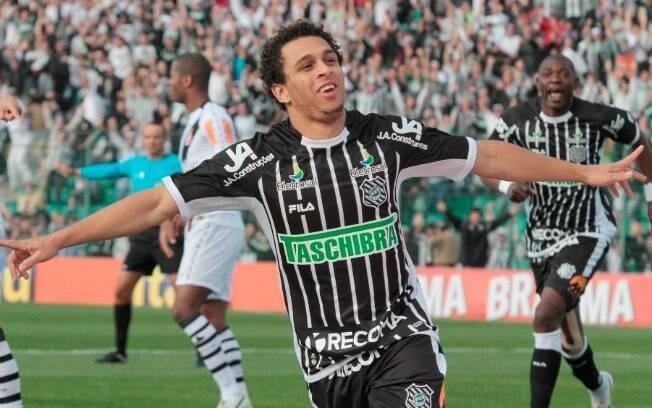 Wellington Nem - Fez uma temporada mágica no  Figueirense em 2011, retornou ao Fluminense após o  empréstimo e deixou saudade
