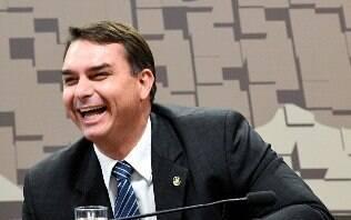 Toffoli atende a Flávio Bolsonaro e suspende investigações baseadas no Coaf