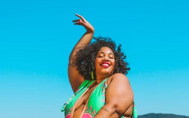 Modelo e ativista, Luana ajuda a fomentar o debate sobre gordofobia na internet