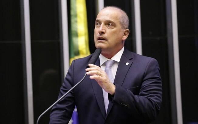 Onyx Lorenzoni, ministro chefe da Casa Civil, comparou o projeto à Lei Áurea durante solenidade