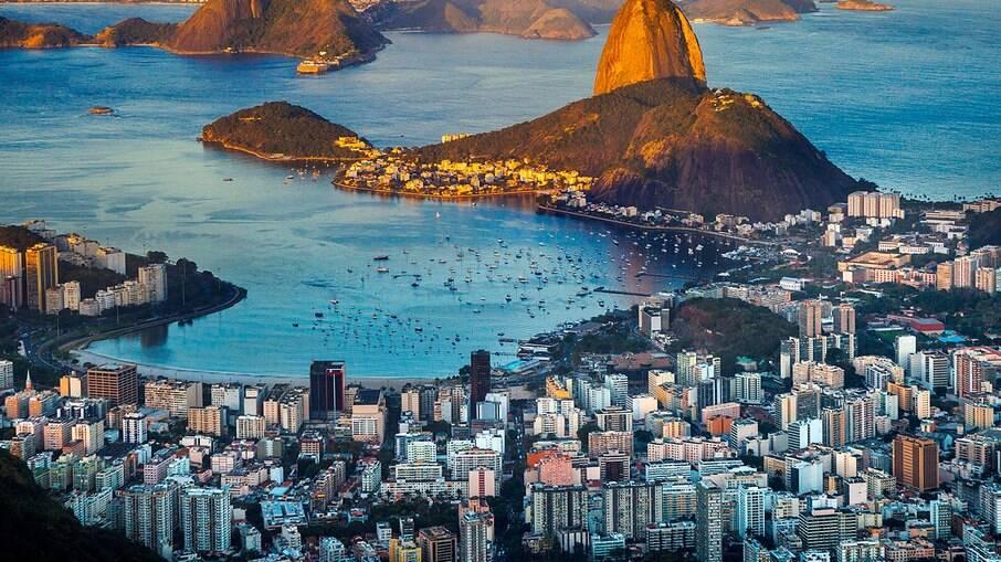 Covid-19: Rio terá repescagem para adolescentes de 15 a 17 anos neste sábado