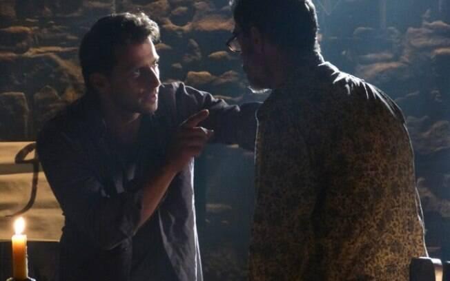 Cassiano e Duque planejam uma fuga, em