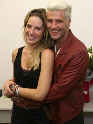 Giovanna Ewbank e Bruno Gagliasso fazem questão de sempre acompnhar o trabalho um do outro
