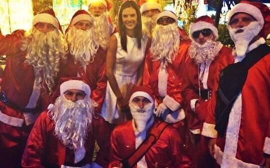 Papai Noel, presentes e família: veja como foi a noite de Natal dos famosos - Home - iG