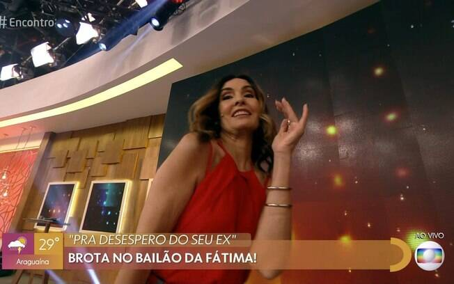 Fátima Bernardes dança no