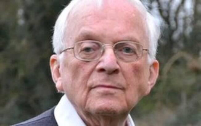 Freddie Knoller, atualmente com 93 anos, sobreviveu a um interrogatório policial da Gestapo